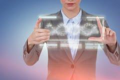 Составное изображение показывать руки коммерсантки Стоковая Фотография