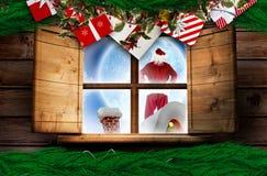 Составное изображение поставки santa представляет к деревне Стоковое Изображение RF