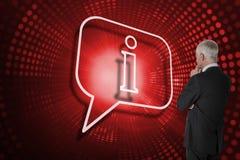 Составное изображение пузыря речи и смотреть бизнесмена Стоковые Изображения RF