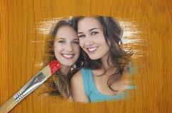 Составное изображение друзей усмехаясь на камере Стоковые Изображения
