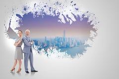 Составное изображение серьезного бизнесмена стоя спина к спине с женщиной Стоковые Изображения