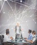 Составное изображение усмехаясь бизнесменов говоря совместно Стоковые Изображения