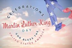 Составное изображение флага США покрашенное на руках делая форму сердца бесплатная иллюстрация