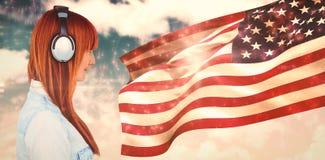 Составное изображение шикарного усмехаясь красного с волосами битника стоковая фотография