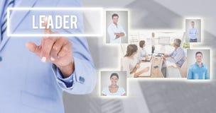 Составное изображение экрана бизнесмена касающего незримого стоковая фотография
