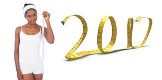 составное изображение 3D худенькой женщины держа измеряя ленту стоковые изображения rf