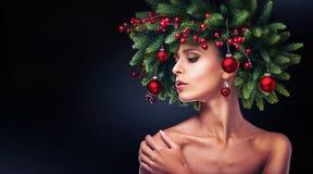 Состав девушки рождества Стиль причёсок зимы Стоковое фото RF