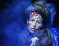 Состав женщины стиля красоты хеллоуина стоковое фото