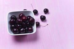 Состав зрелой сладостной вишни Стоковое фото RF