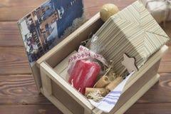 Состав Нового Года в коробке стоковые изображения