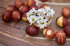 Состав пасхальных яя стоковые изображения