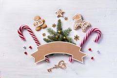 Состав подарка рождества Помадки праздника рождества и tre ели Стоковая Фотография RF