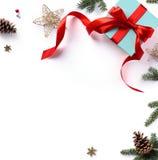Состав праздника рождества; Подарок рождества, ветви ели Стоковая Фотография