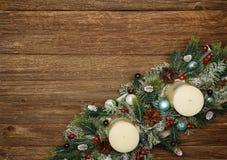 Состав рождества на деревянной предпосылке стоковое изображение