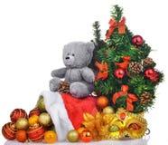 Состав рождества с деревом плюшевого медвежонка и santa кладут в мешки Стоковые Фото