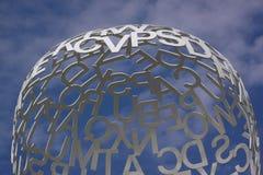 Состав с белыми письмами на голубом небе стоковая фотография rf