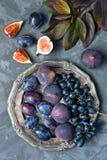Состав с вкусными плодоовощами стоковые фото