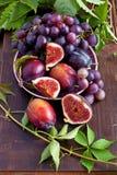 Состав с вкусными плодоовощами стоковые изображения rf