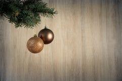 Состав с шарики украшения рождественской елки и рождества, Стоковое Изображение RF