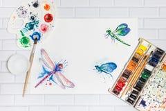 Состав с эскизом Dragonflies и красок Стоковая Фотография RF