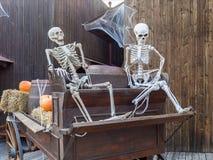 Состав хеллоуина с скелетами Стоковое фото RF