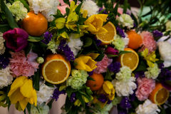 Состав цветка и плодоовощ Стоковая Фотография