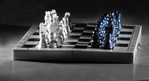 Состав шахмат на темной предпосылке business concept images more my portfolio startegy стоковая фотография rf