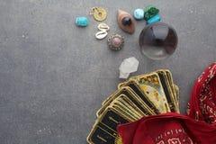 Состав эзотерических объектов, используемый для излечивать и удач-говорить стоковые фотографии rf