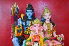 Состояние Ganesha семьи в виске Таиланда стоковые изображения rf