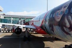 Состыкованная авиакомпания двигателя Air Asia стоковое фото