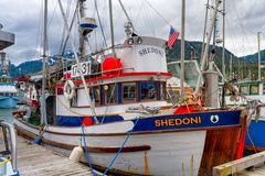 Состыкованная рыбацкая лодка Shedoni в Juneau Аляске Стоковая Фотография RF