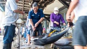 Состыкованная рыбацкими лодками гавань Chenggong удя извлекает липкую жидкость рыбной ловли Стоковое Изображение RF