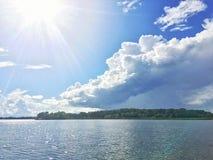 Состязаясь небеса стоковые фотографии rf