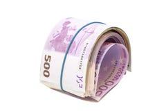 5 сотых банкнот евро под круглой резинкой стоковые изображения rf
