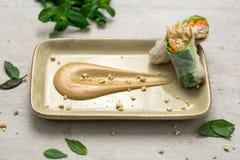Соус арахисового масла с блинчиками с начинкой Стоковое Изображение RF