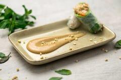 Соус арахисового масла для блинчиков с начинкой Стоковое фото RF