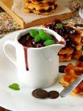 Соус вишни и шоколада Стоковое Изображение RF