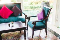 Софа и стул подушки Стоковые Фото