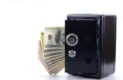 Стальной сейф с деньгами, принципиальной схемой сбережений денег Стоковое Изображение