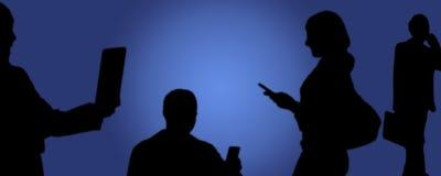 Социальные средства массовой информации, люди фотографируя с телефоном в руке стоковая фотография rf