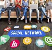 Социальная концепция интернет-связи сети средств массовой информации Стоковое Изображение RF