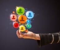 Социальные значки сети в руке женщины Стоковые Изображения RF