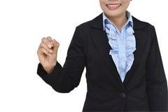 Сочинительство бизнес-леди с ручкой отметки на изоляте пустого пространства дальше стоковая фотография