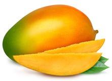 Сочное зрелое изолированное манго Стоковые Изображения