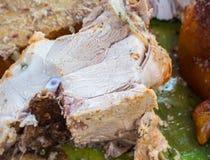 Сочное мясо свинины сваренное для обеда Отрезанное барбекю свинины с розовым мясом Стоковые Фотографии RF