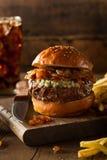 Сочный гамбургер голубого сыра Стоковое фото RF