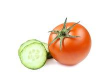 Сочный изолированный томат в белой предпосылке Стоковое Изображение RF