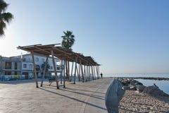 Солнечная трасса велосипеда вдоль среднеземноморского Стоковые Изображения