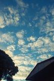 солнечний свет голубого неба предпосылки Стоковое фото RF