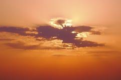 Солнечний свет через облака Стоковая Фотография RF